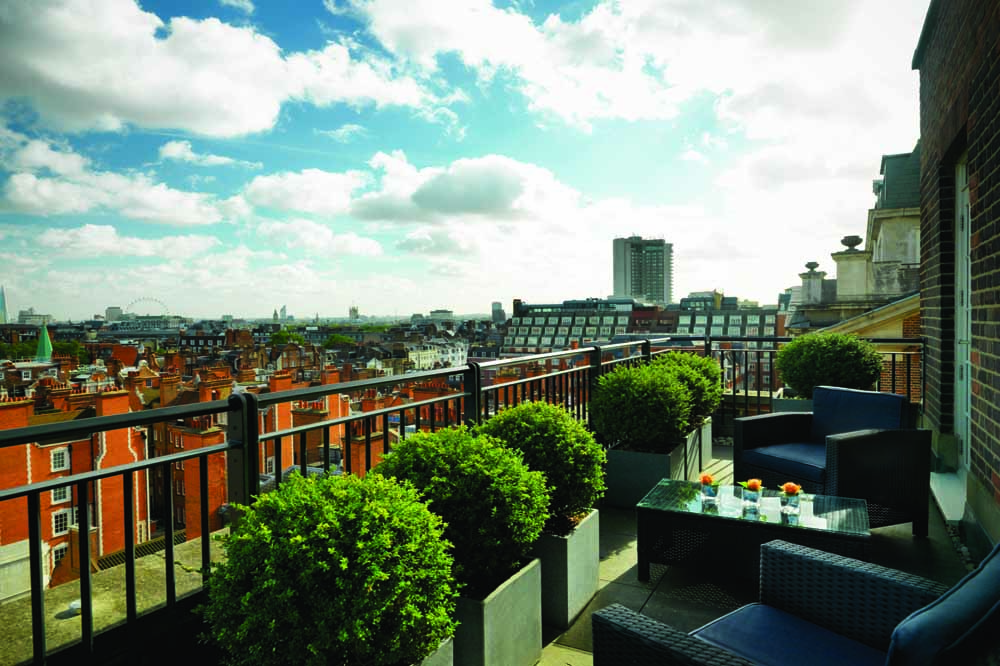 Jumeirah Grosvenor House Apartments - Penthouse Balcony View
