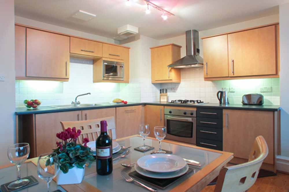 Market View Apartments - Kitchen and Dining Area