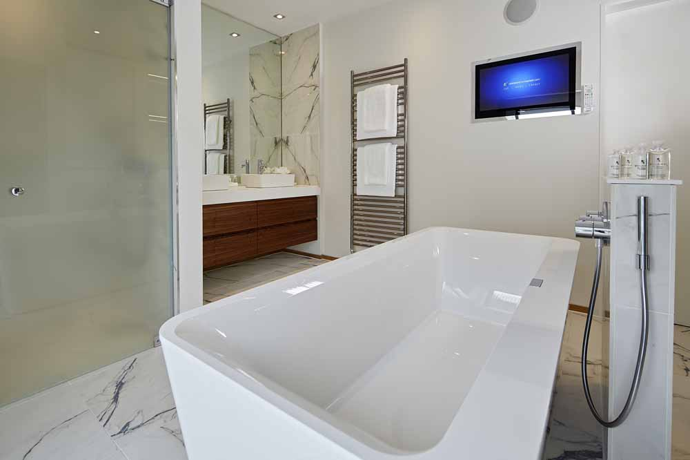 Four Bedroom Townouse - Bathroom