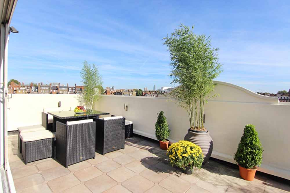 Three Bedroom Penthouse Apartment - Roof Terrace