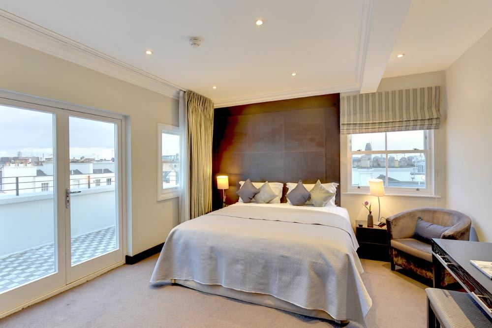 Four Bedroom Penthouse Apartment - Bedroom