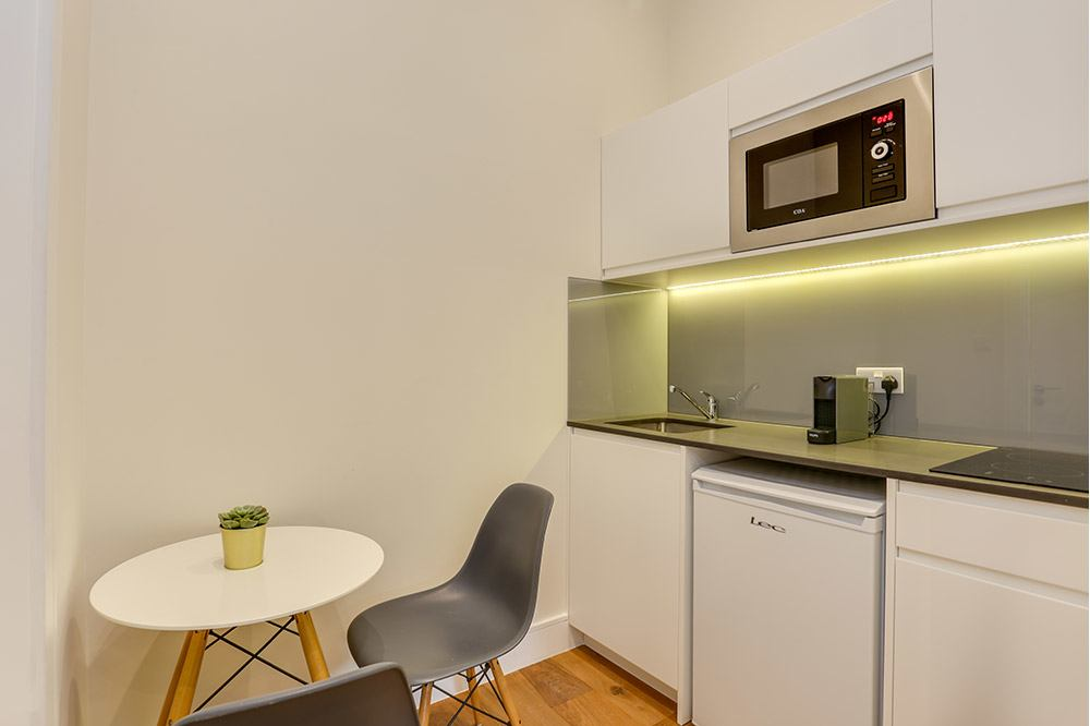 Small Studio Flat 2 Kitchenette