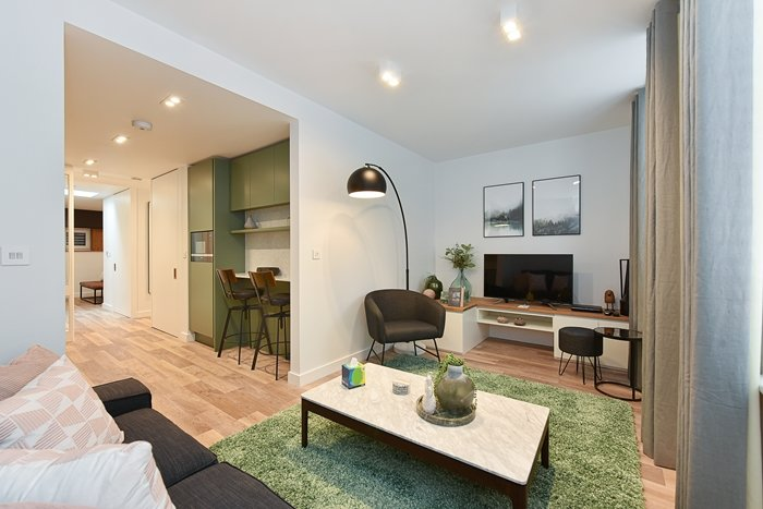 Superior One Bedroom Apartment